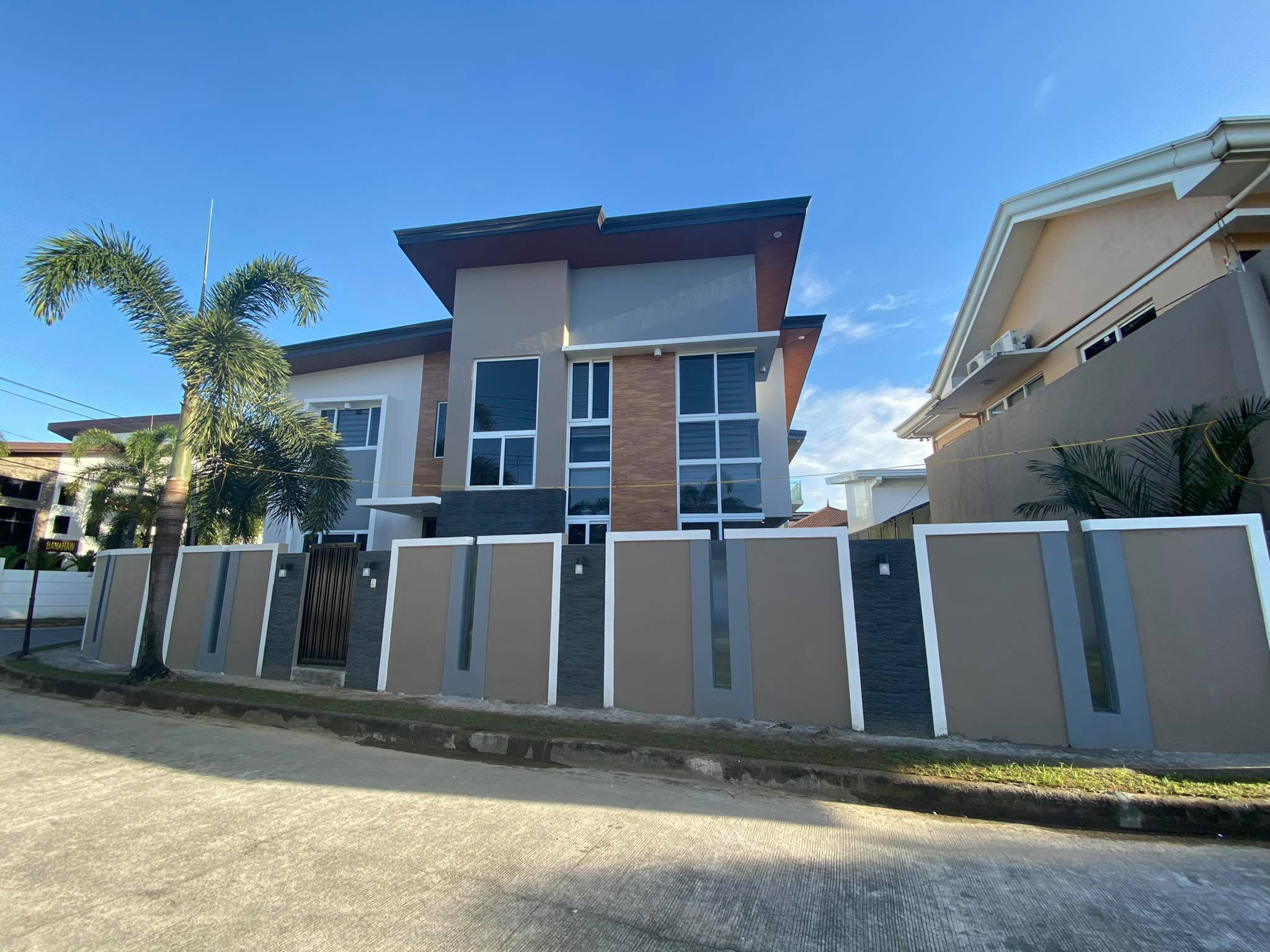 Angeles City brand new house and lot with pool for sale
