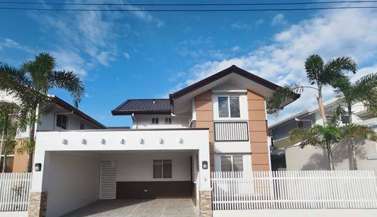 3 bedrooms RTC MODEL house and lot in Mawings 3 for sale!